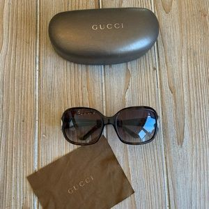 Women's Gucci Sunglasses! Brown with Gold accents